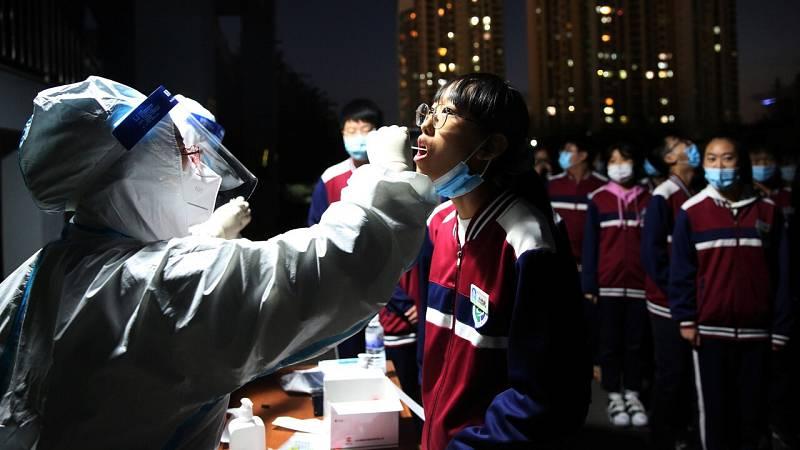 Tres millones de tests en dos días: China busca atajar un nuevo rebrote de coronavirus