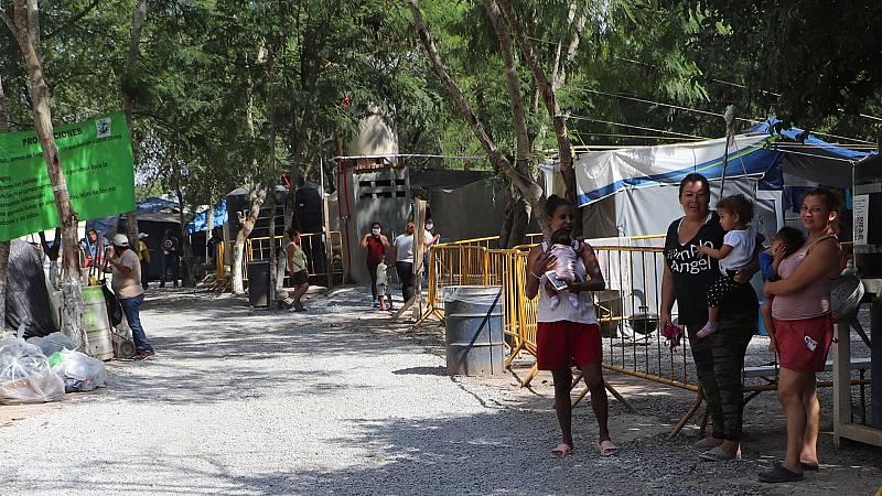 El cierre de la frontera entre México y EE.UU. por la COVID-19 deja a miles de migrantes atrapados