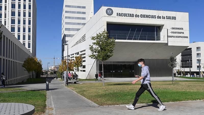 """Descontento entre los estudiantes por el cierre de las universidades: """"No tiene sentido"""""""