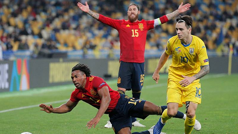 A España se le mojó la pólvora en ataque: 21 disparos, 0 goles