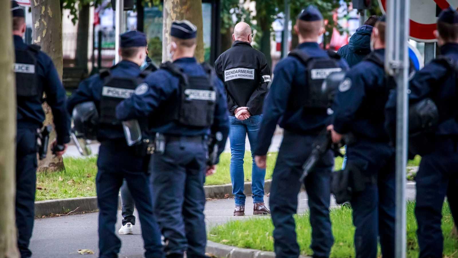 Francia endurecerá la ley contra el yihadismo tras el atentado contra el profesor