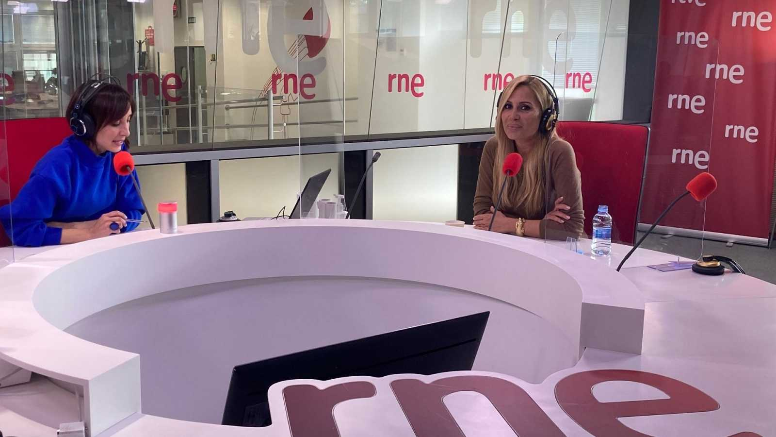Marta Sánchez brilla más fuerte que nunca - ver ahora