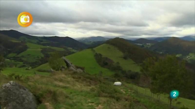 En primer plano, mujer rural de Asturias 2020