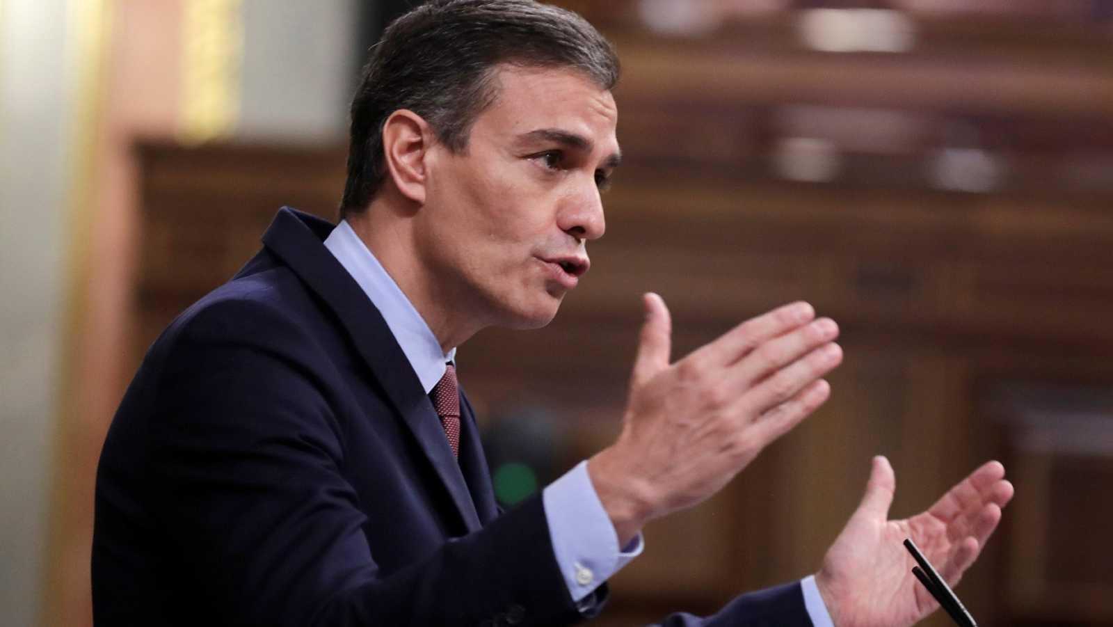 """Sánchez, a Casado: """"Le pido que no se deje arrastrar por la ultraderecha. Le pido oficialmente que vote no a esta moción"""""""