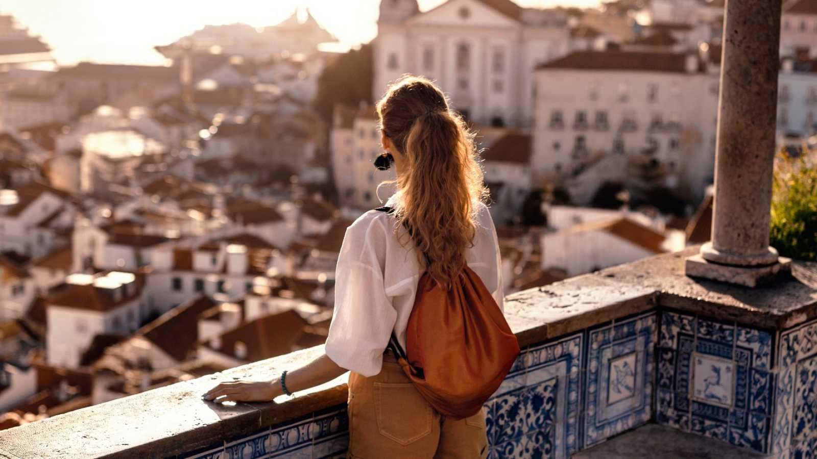 El sector turístico sufre pérdidas de hasta 100.000 millones de euros por el coronavirus