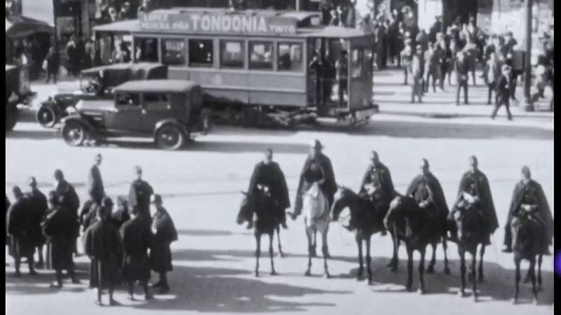 Aparecen imágenes inéditas de la celebración de la proclamación de la Segunda República