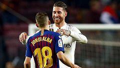 Sergio Ramos y Jordi Alba apuran sus opciones de jugar el Clásico