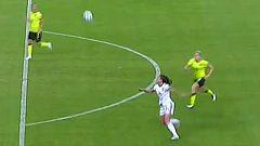 Alexia Putellas marca de volea (4-0)