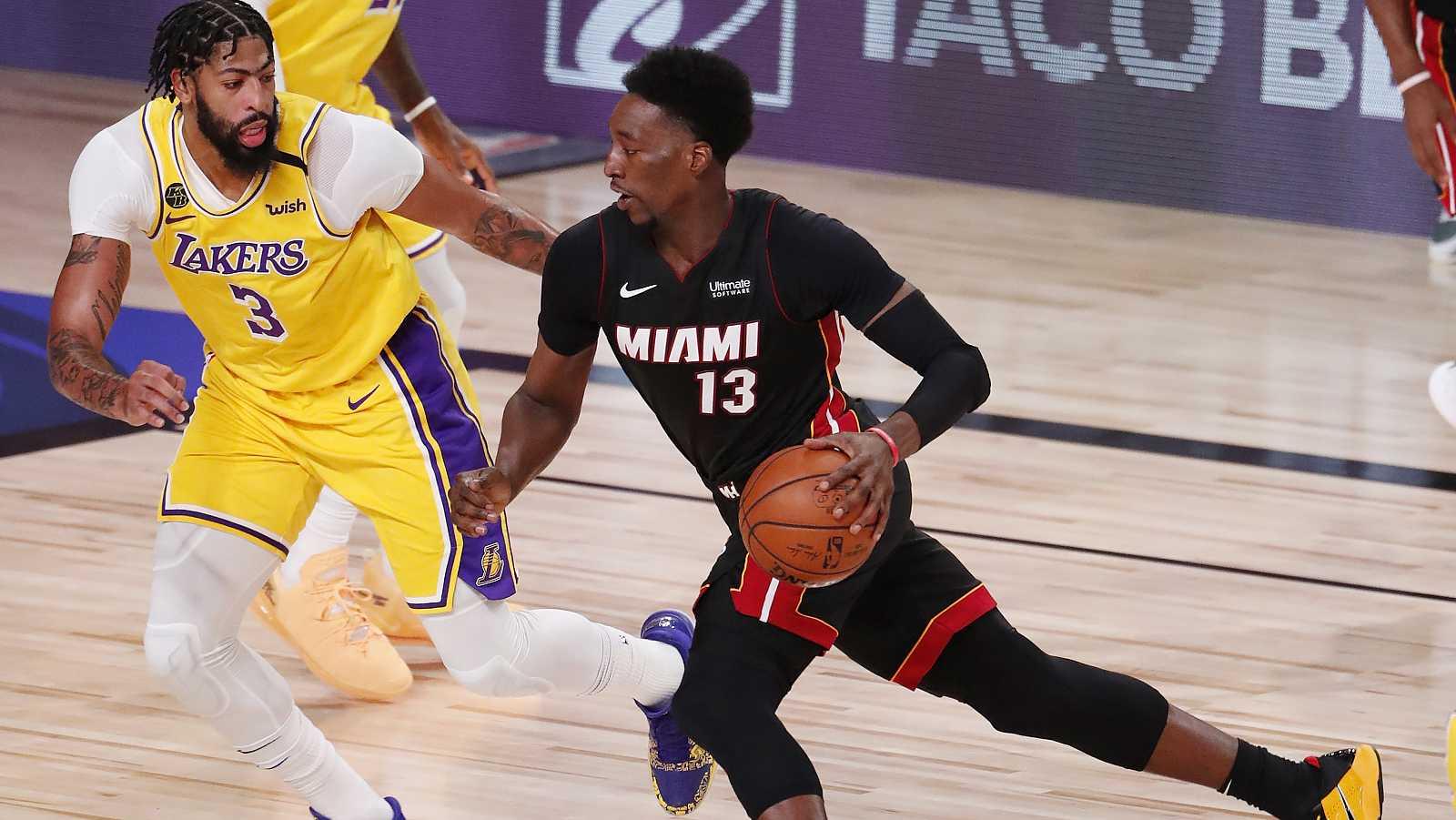 La NBA valora arrancar en Navidad