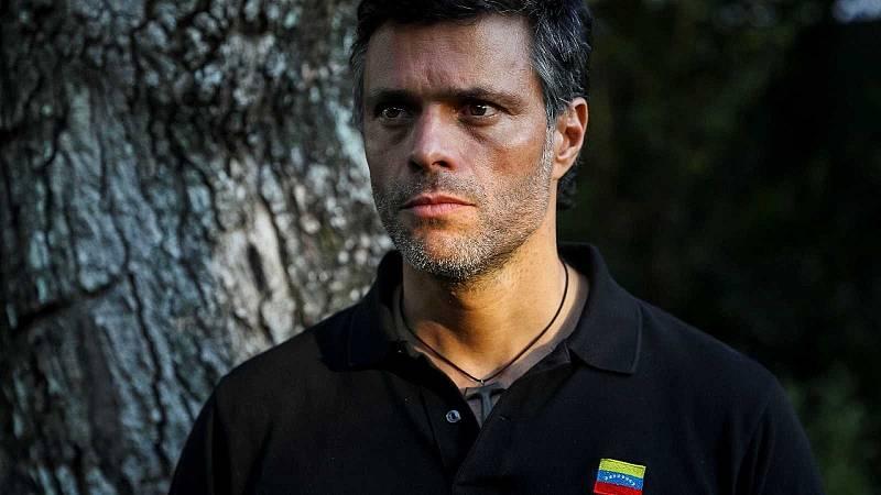 """Leopoldo López abandona Venezuela y dice que seguirá trabajando """"para alcanzar la libertad"""" de su país"""
