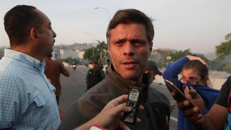 Leopoldo López llega a Madrid y dice que proseguirá la lucha por la libertad