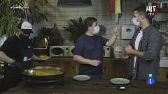 El actor Secun de la Rosa nos prepara una paella de cine