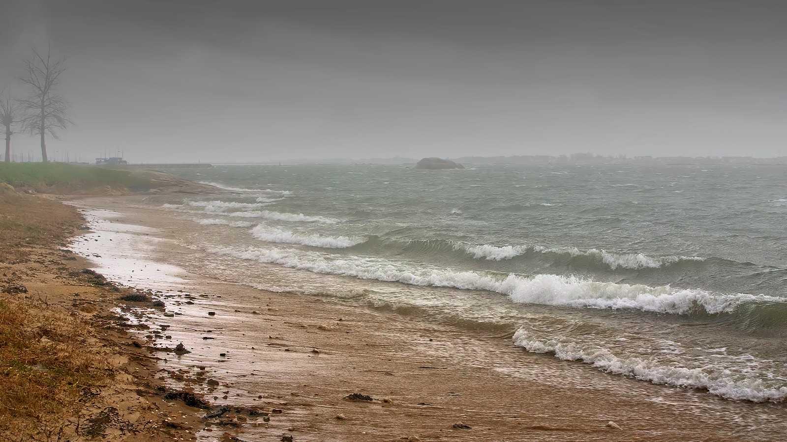 Precipitaciones fuertes en el oeste de Galicia - Ver ahora