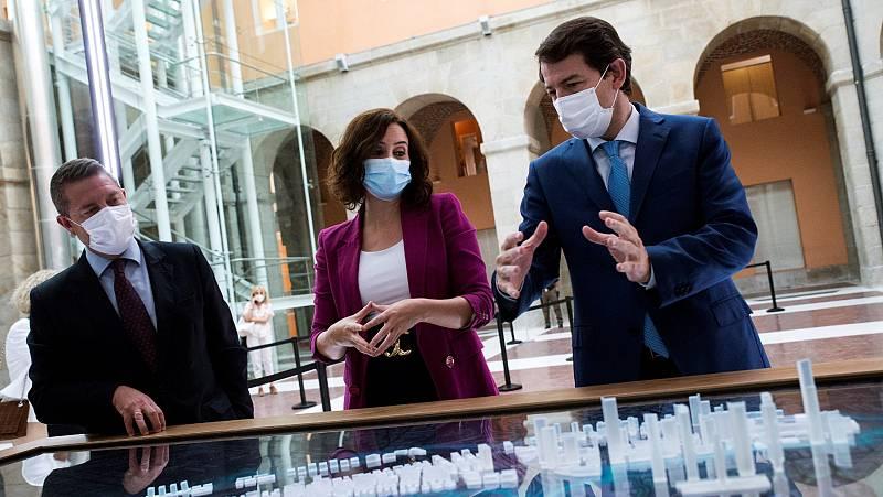 """Confinamiento en Madrid: Sanidad asegura que no tiene """"nada"""" que autorizar a la Comunidad"""