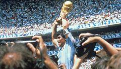 El mundo del fútbol se rinde a Maradona en su 60º cumpleaños