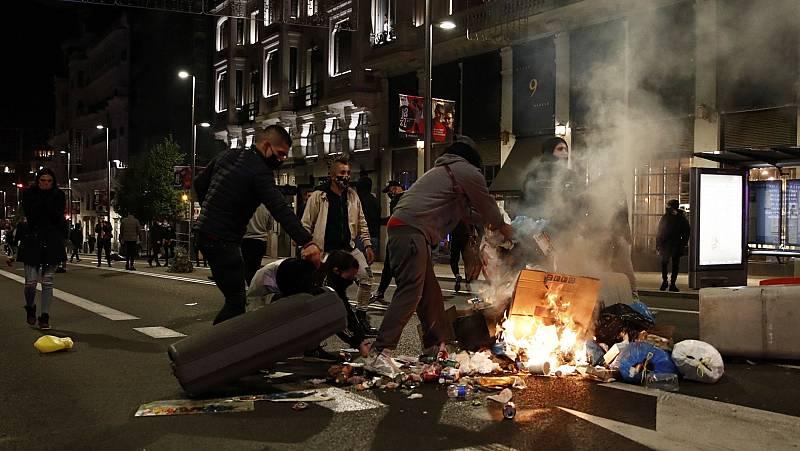 Segunda noche de disturbios en varias ciudades españolas contra el toque de queda por la COVID-19