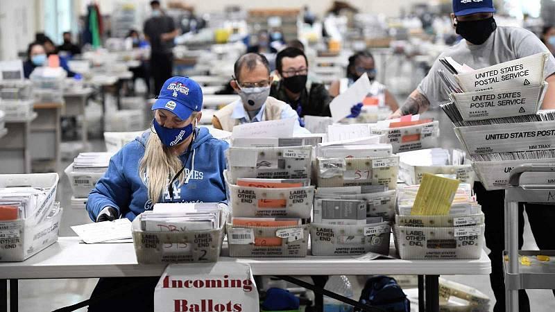 El voto por correo en EE.UU. logra una participación récord y prevé un recuento con incertidumbre