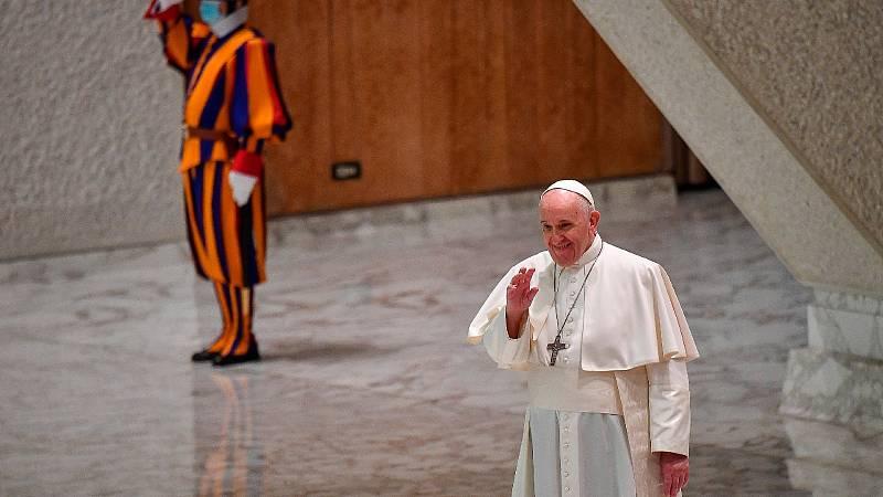 El Vaticano aclara las palabras del Papa sobre la unión civil de homosexuales: no son doctrina