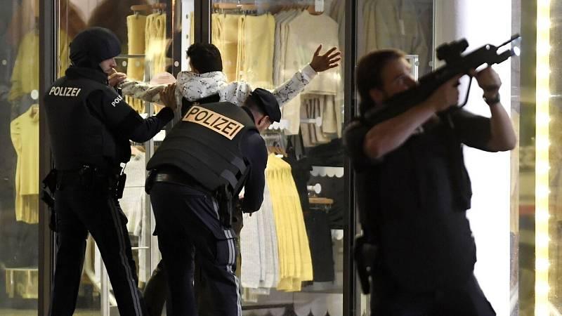 Al menos dos muertos y varios heridos en una cadena de atentados terroristas en Viena