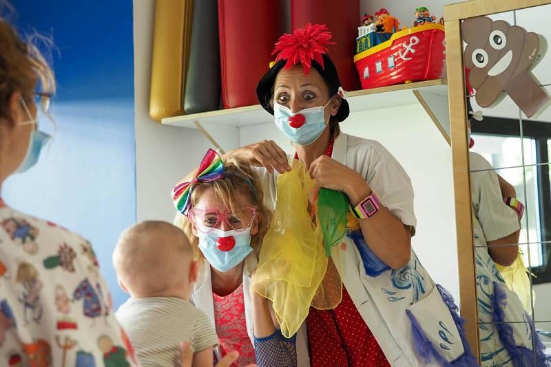 Sonrisa Médica. Payasos de hospital en Baleares