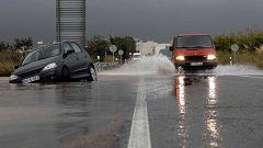 Las fuertes lluvias han causado inundaciones en zonas de Extremadura, el oeste de Andalucía y la comunidad Valenciana
