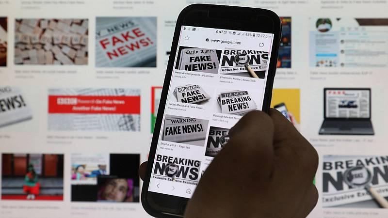 La oposición ve el plan del Gobierno contra la desinformación como un intento de controlar a los medios