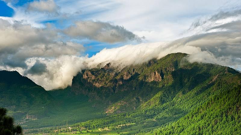 En Canarias predominarán nubes altas, no se descarta alguna precipitación aislada en el norte de las islas