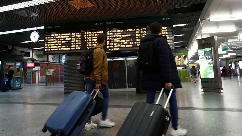 España exigirá a partir del 23 de noviembre una PCR negativa a todos los viajeros procedentes de países de alto riesgo