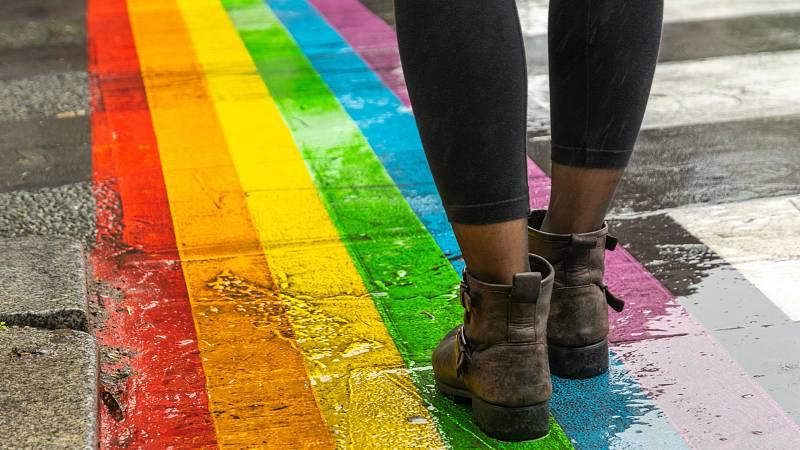 Una de cada diez personas LGTBQI reconoce haber sufrido algún tipo de ataque físico por su orientación sexual, según la UE