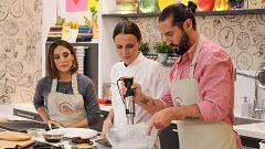 Cocina al punto con Peña y Tamara - Arroz negro con calamares con majado de perejil