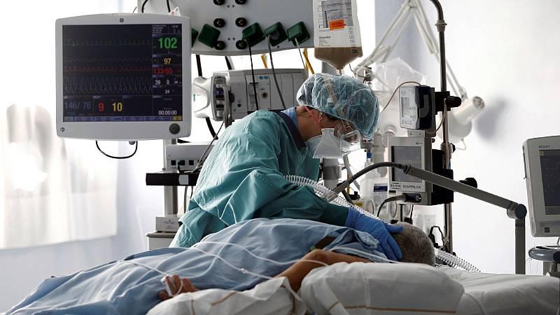 El pico de hospitalizaciones por COVID-19 podría llegar a principios de diciembre, según expertos