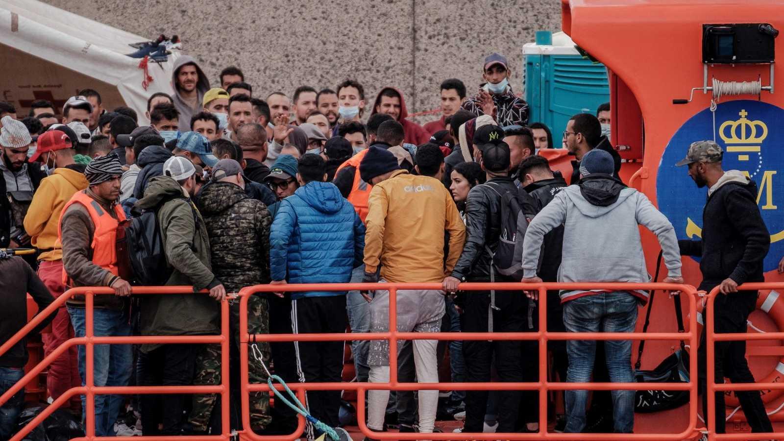 Sigue el goteo incesante de embarcaciones ilegales hacia Canarias