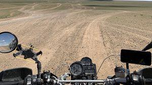 Las huellas de Gengis Khan: En busca del maldito asfalto