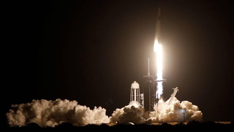 Despega con éxito la misión conjunta de la NASA y SpaceX hacia la Estación Espacial Internacional