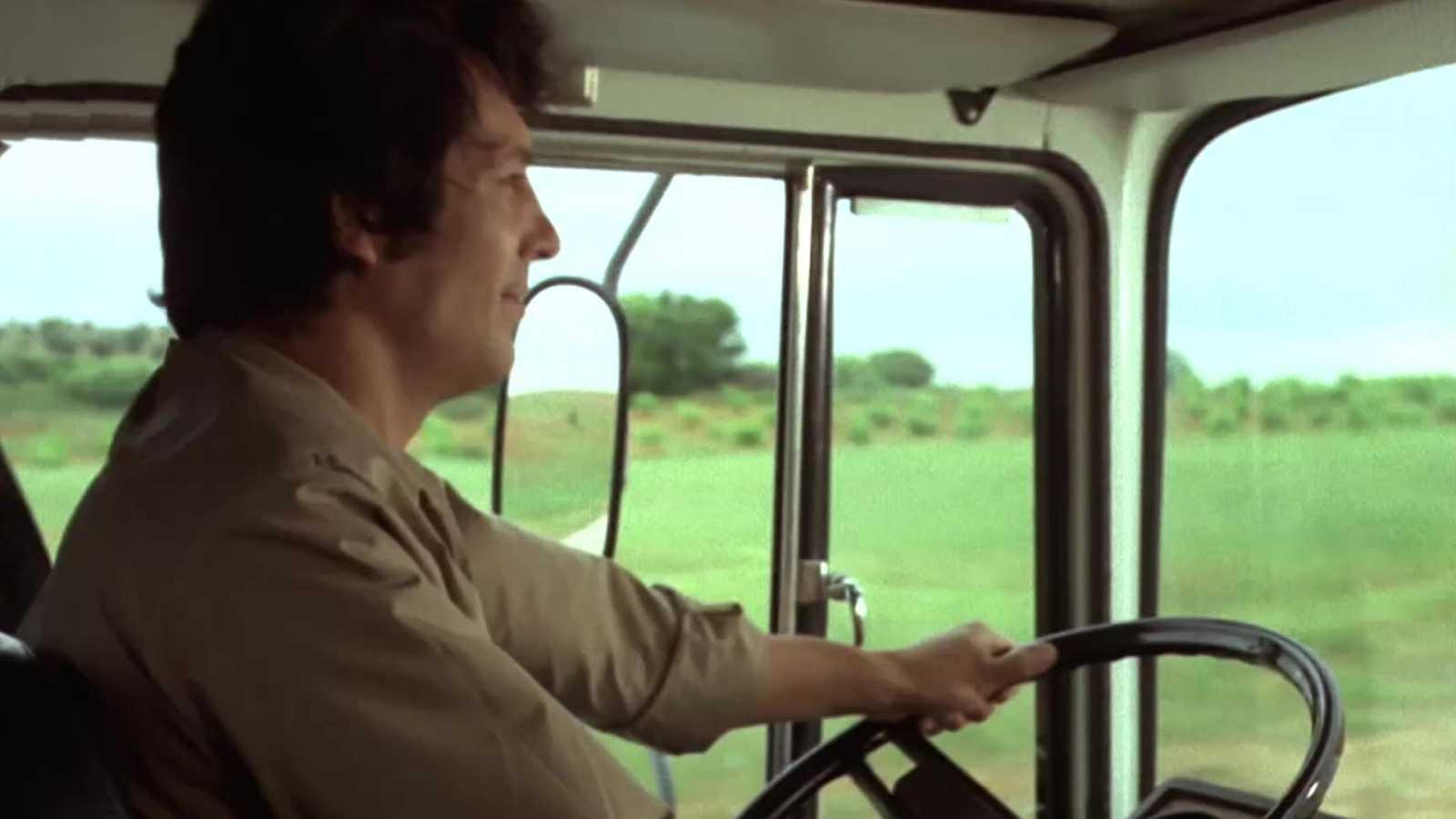 Los camioneros - Tabaco y naranja a mitad de precio - ver ahora