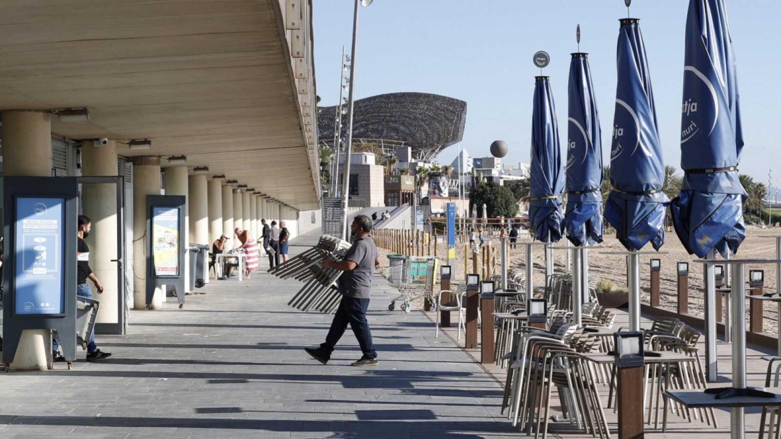 Cataluña reabre la hostelería el lunes hasta las 21:30 con limitación de aforo