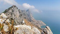Viento fuerte o con intervalos de fuerte en el bajo Ebro, Ampurdán, Menorca y Estrecho