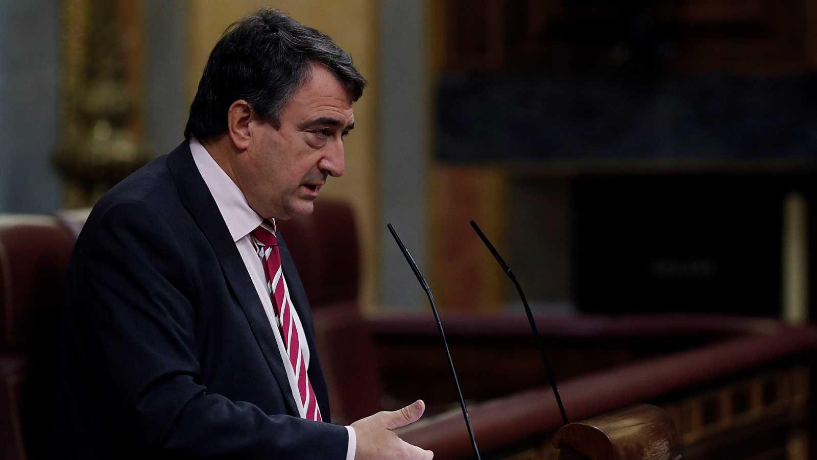 PGE: PNV anuncia un pacto para eliminar el impuesto al diésel