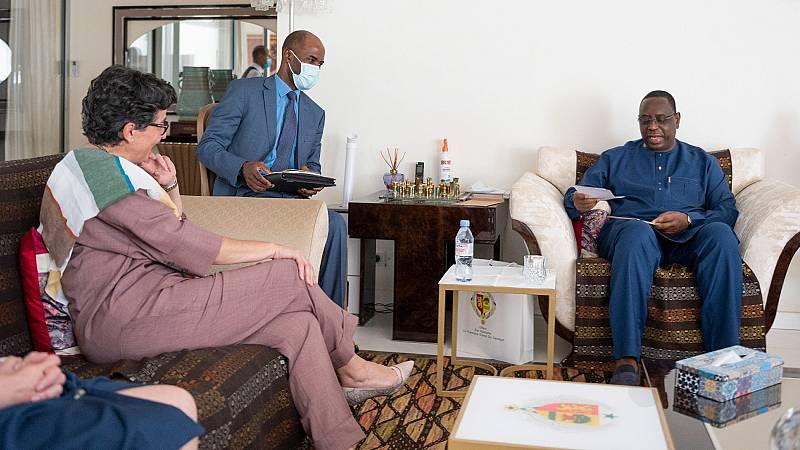 España firma un convenio de cooperación con Senegal para reforzar la migración regular y luchar contra las redes de tráfico de personas