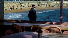 Cataluña inicia una desescalada en cuatro fases y reabre la hostelería tras cinco semanas de cierre