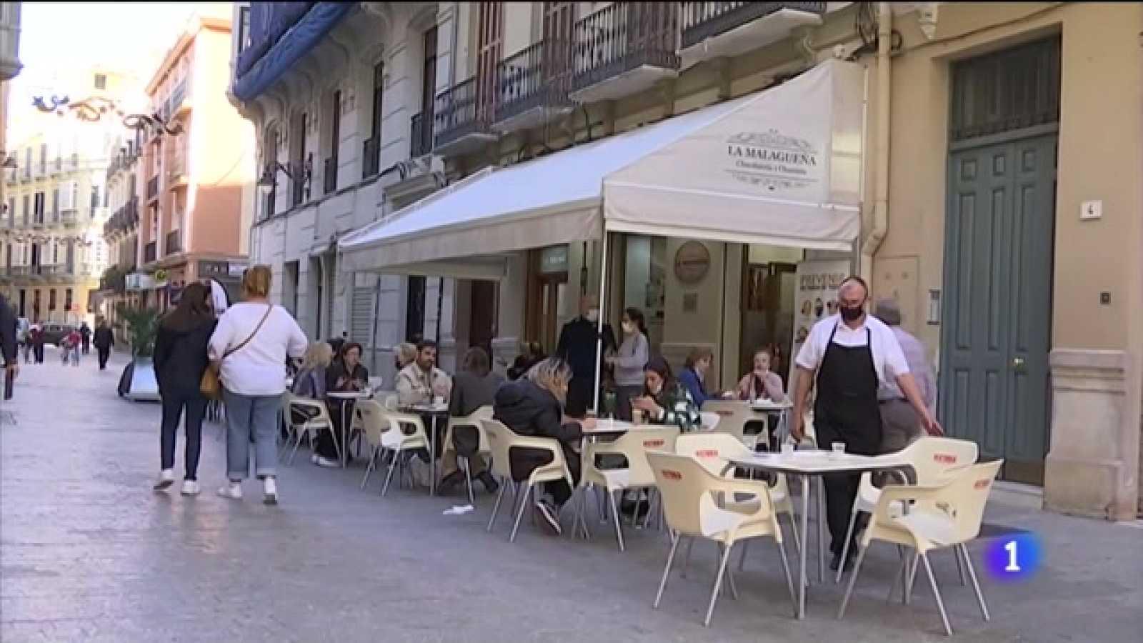Así reaccionan jugueterías y hostelería a las nuevas medidas en Andalucía