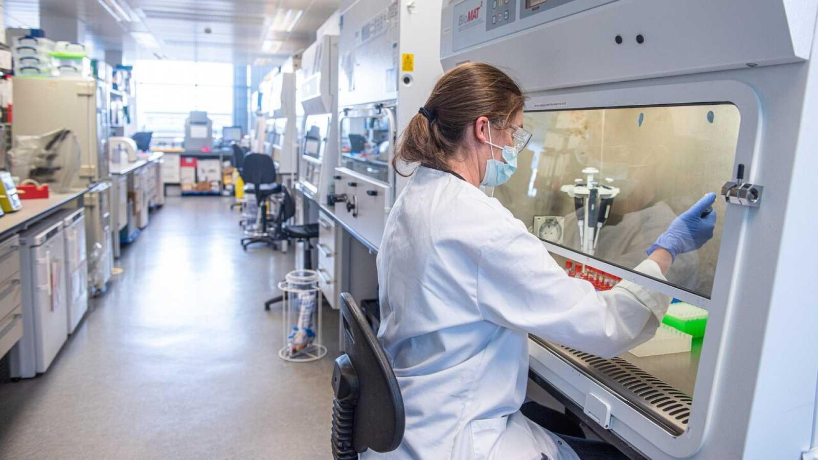 """La viróloga del CSIC Isabel Sola, sobre los ensayos de las vacunas: """"En las primeras semanas se obtiene la información más importante"""""""