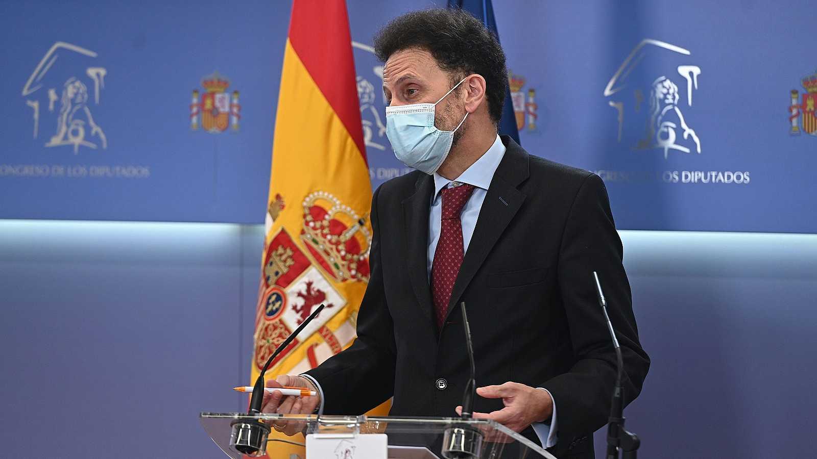 """Ciudadanos anuncia la firma con el PSOE de una enmienda transaccional para implantar """"una tarjeta sanitaria única"""" y mantiene las negociaciones sobre los PGE"""