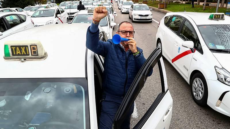 Cómo es el día de un taxista en tiempos de COVID-19