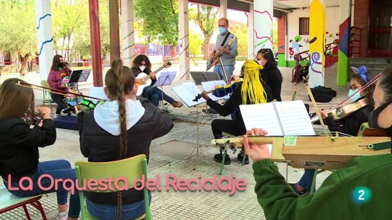 La aventura del saber Orquesta de la Musica del Reciclaje Ecoembes menores educacion valores medioambiente Cateura Asunción Paraguay vertedero #AventuraSaberMúsica