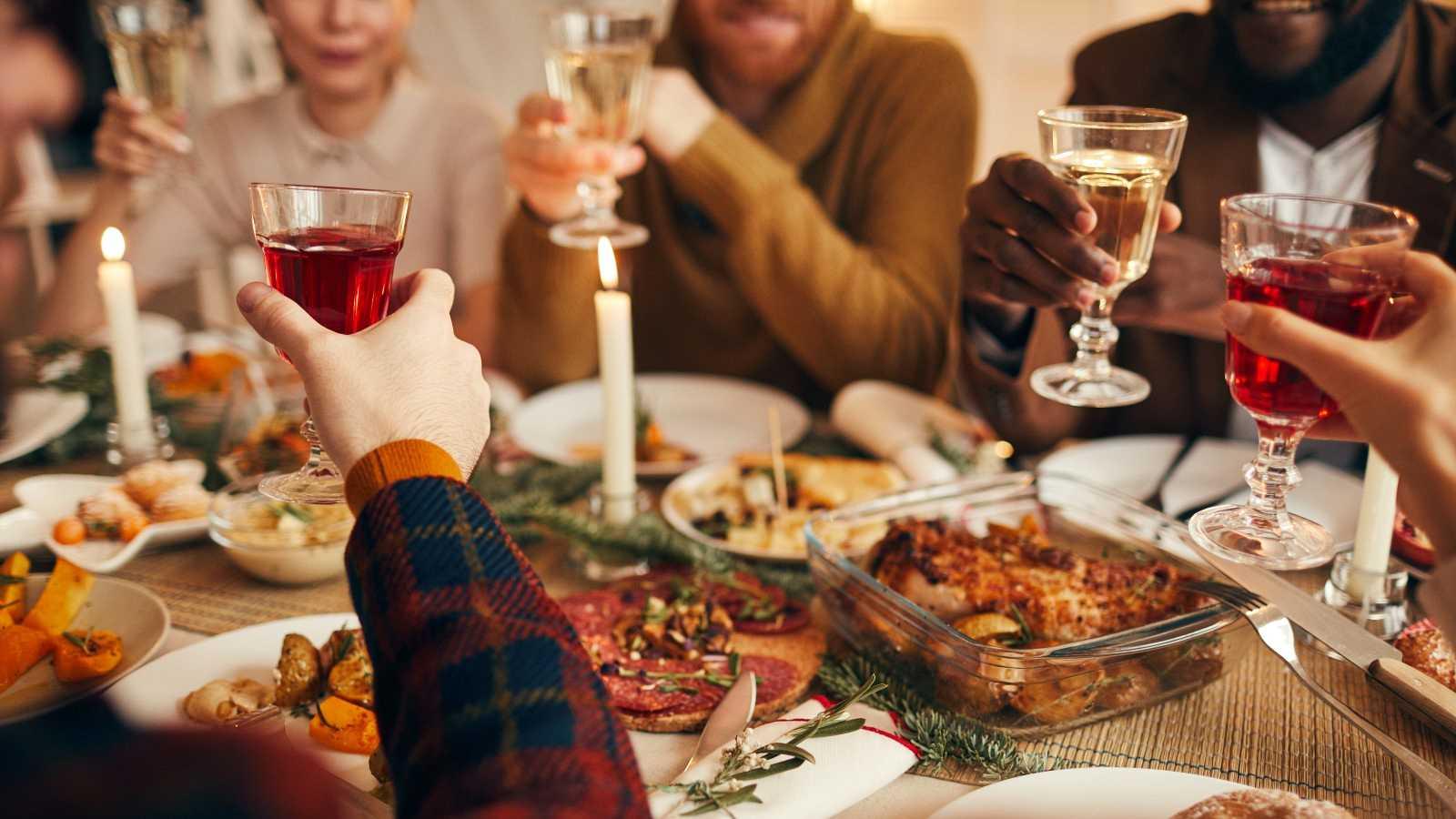 "Simón advierte de que hay más riesgo al reunir por Navidad a ""seis personas de seis familias diferentes"" que a ""diez personas de dos familias"""
