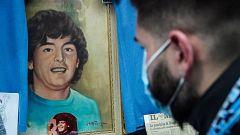 Los napolitanos también lloran la muerte de su ídolo Maradona