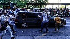 Miles de argentinos colapsan las calles de Buenos Aires para despedir el féretro de Maradona