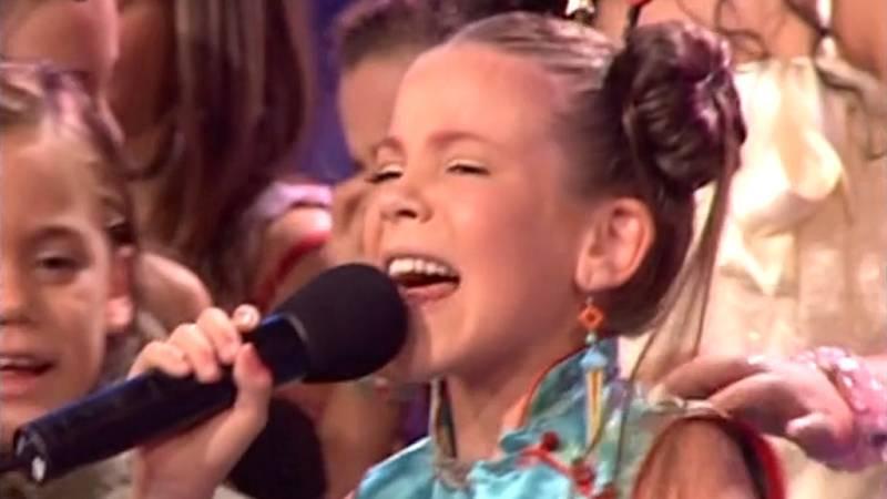 """EuroJunior 2004 - María Isabel triunfa con """"Antes muerta que sencilla"""""""