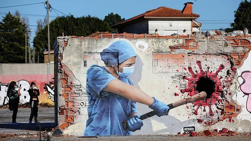 El coronavirus, protagonista del arte urbano